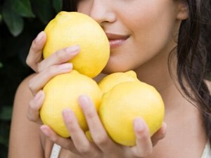 Image from: http://www.xpress.com/Personals/wp-content/uploads/2012/04/Smell-Lemons.jpg
