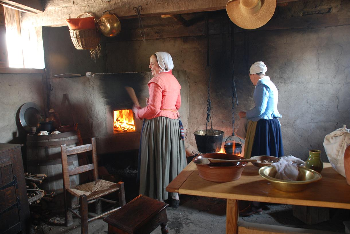 from domestic space to status symbol a kitchen history photo colonial kitchen colonial kitchen plimoth plantation